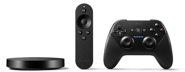 From left to right: Nexus Player, Remote, optional Game Controller