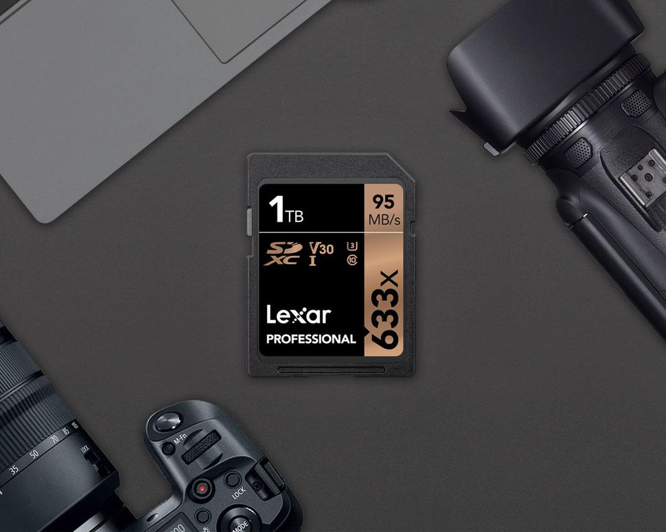 Lexar shows off a massive 1TB SD Card! – RKUK Media